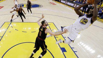 Golden State wint eerste finaleduel ondanks indrukwekkende LeBron James, J.R. Smith begaat pijnlijke misser