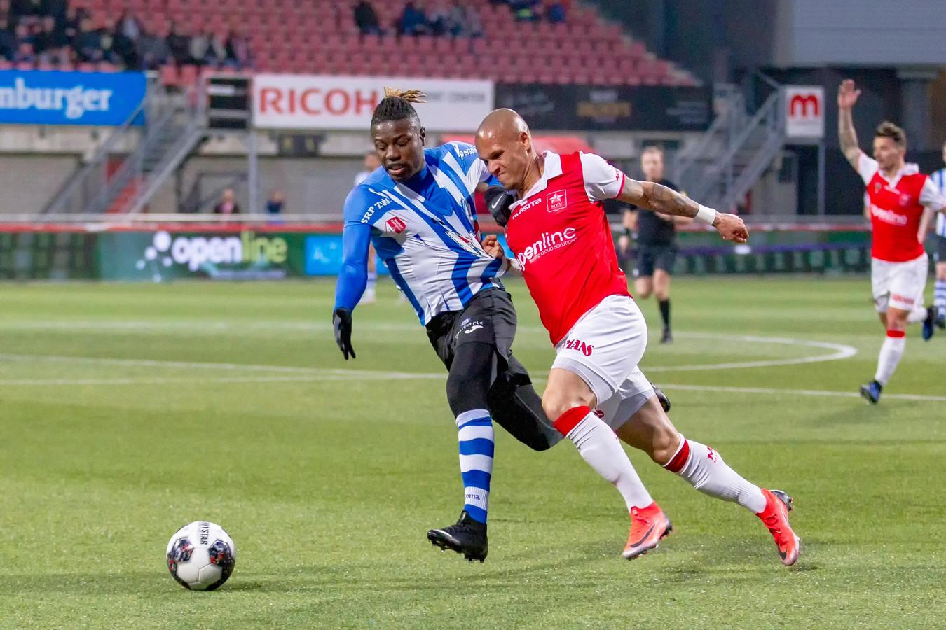 Augustine Loof (links) nog in het shirt van FC Eindhoven.