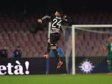 Koploper Napoli houdt ongeslagen status tegen AC Milan