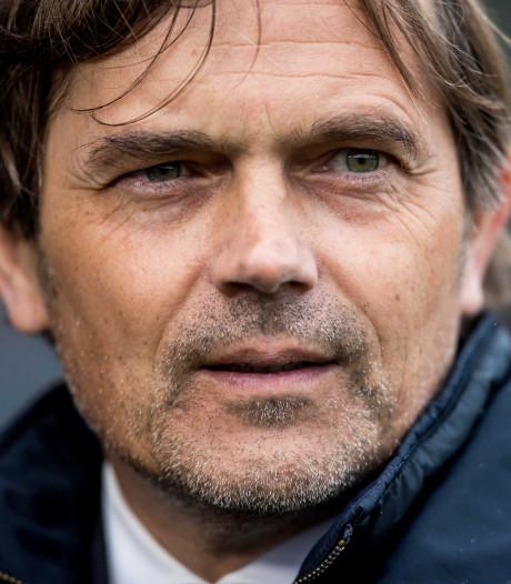 Zaakwaarnemer Cocu in gesprek met 'Fener', Van Bommel kandidaat-opvolger