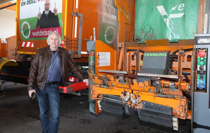 Gert de Krijger regelt het ophalen van vuilnis in de gemeente Terneuzen.