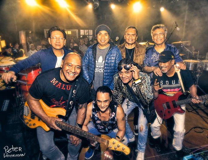 Massada vertelt met muziek en in filmbeelden het verhaal achter deze legendarische band.