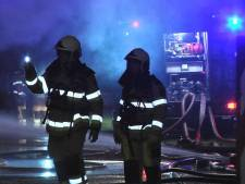 Viskramen gered bij nachtelijke brand in Dedemsvaart