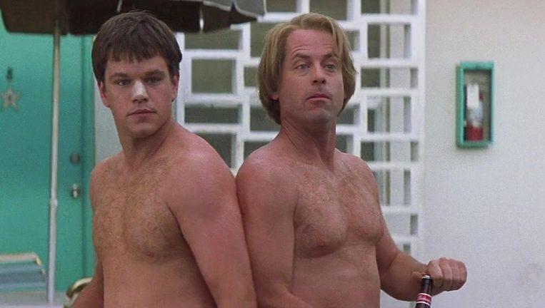 Matt Damon en Greg Kinnear in Stuck on You Beeld