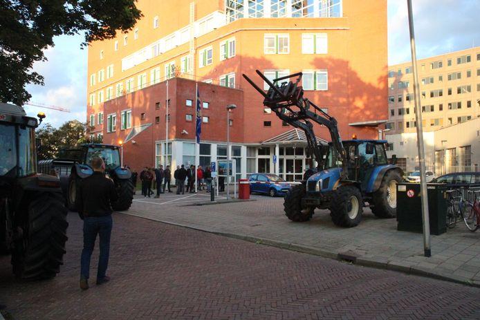 De boeren doen aangifte tegen minister Schouten.