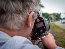 We gingen zelf meten: driekwart auto's rijdt te snel op Graafseweg in Alverna