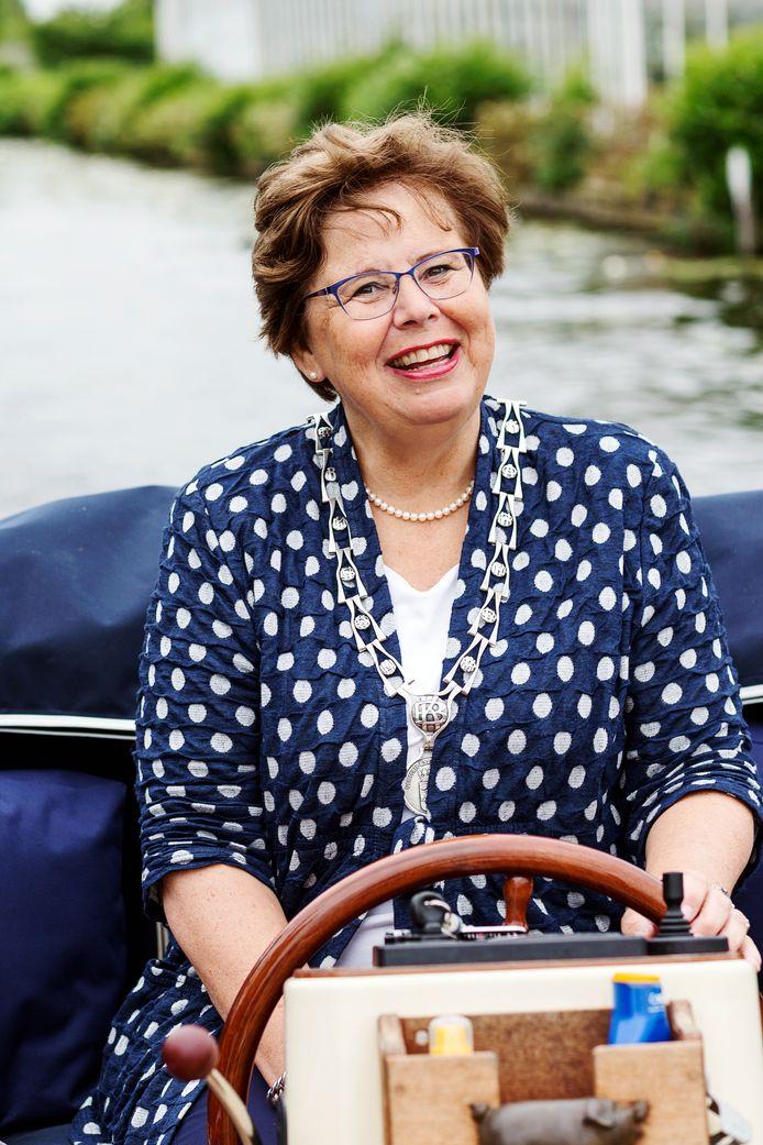 Burgemeester Marina van der Velde
