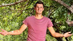 """'Meest gehate tennisspeler' trok naar de jungle in plaats van de Australian Open, maar ook daar geeft hij er snel de brui aan: """"Dit kan ik niet aan"""""""