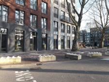 Waarom dertig betonblokken in het Gasthuiskwartier zijn gelegd