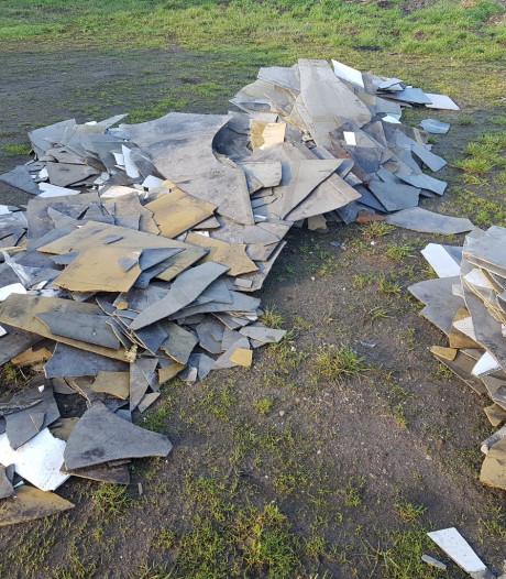 Grote partij afval gedumpt op Usseler Es in Enschede