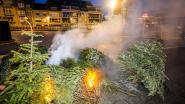 Kerstboomverbranding afgelast? Dan maar 'special effects' met rookmachine