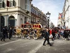 Koningspaar vertrekt naar Ridderzaal voor 'optimistische' troonrede