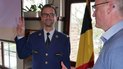 """Al zes jaar korpschef, maar nu pas ingezworen: """"Mijn inspanningen worden gewaardeerd"""""""