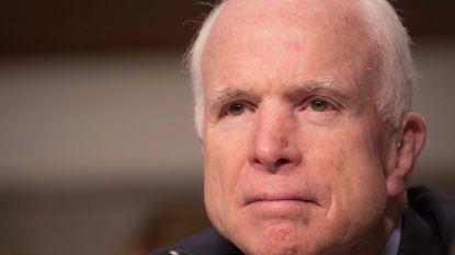 """McCain rekent in nieuw boek af met Trump: """"Gevlei bevestigt zijn vriendschap, kritiek zijn vijandschap"""""""