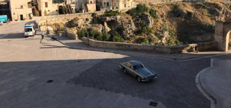 Spotted: l'Aston Martin de James Bond en Italie