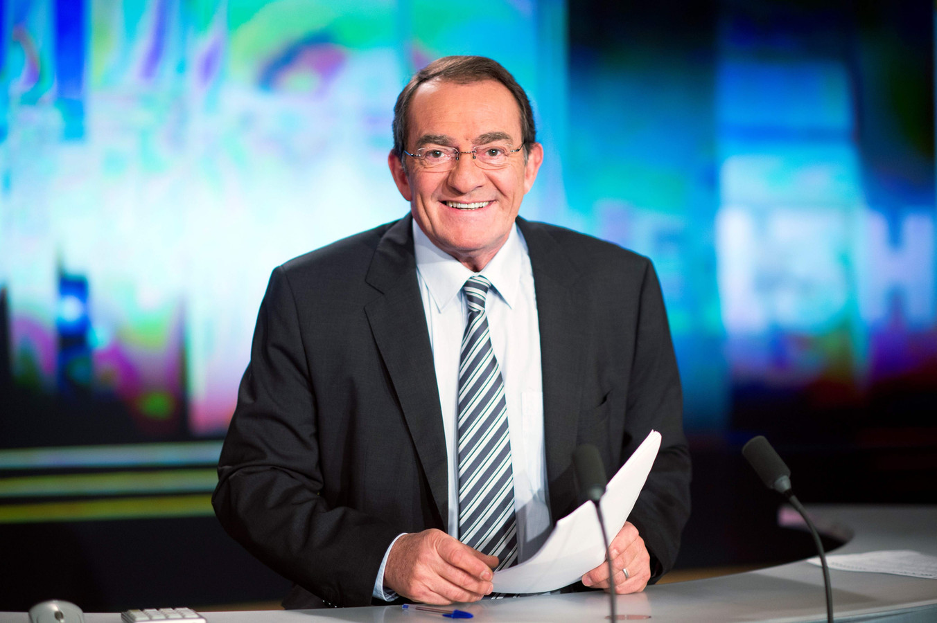 Jean-Pierre Pernaut va quitter le journal de 13H de TF1 qu'il présente depuis 1988.