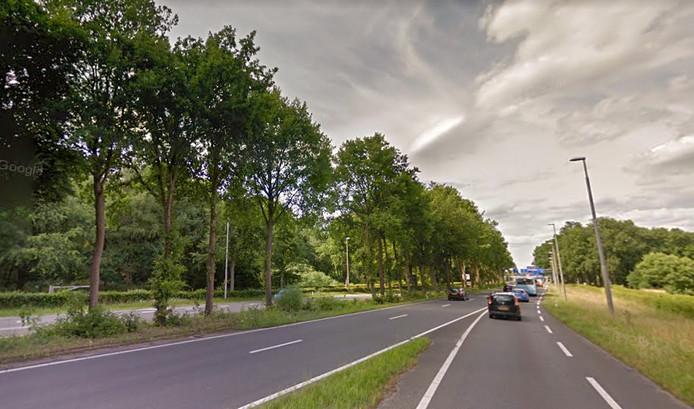 De plek op de Apeldoornseweg bij Arnhem waar regelmatig een mobiele snelheidscontrole staat.