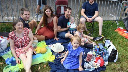 Genieten van picknick in Abdij van Park tijdens anderhalvemetersessies