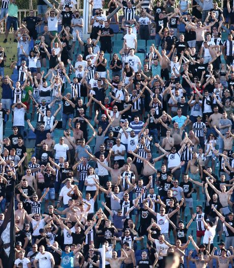 Bulgaarse regering dreigt stadions weer te sluiten