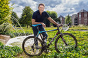 Oud-prof Gerrie van Gerwen: ,,De wielersport moet weer gedragen worden vanuit de wielersport.''