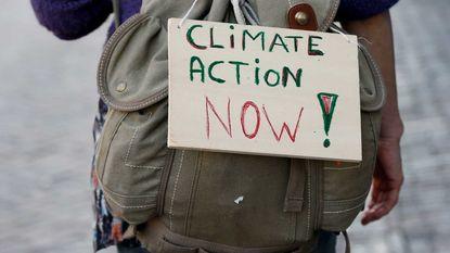 Klimaatpeloton: driehonderd Belgen met de fiets naar klimaattop in Parijs