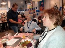 Lunch, levensverhalen en liedjes in Helmond