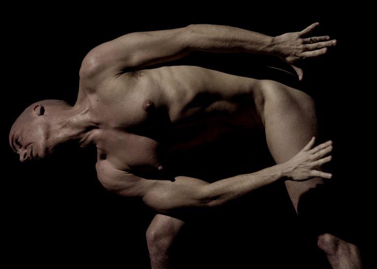 Daniel Mariblanca dansend in '71BODIES1DANCE'. Beeld Ursula Kaufmann