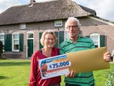 Gemist? Man jaagt overvaller weg uit supermarkt en echtpaar uit Nieuwleusen wint loterij