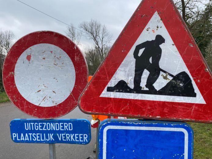 verkeersbord werken wegenwerken uitgezonderd plaatselijke verkeer