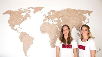 Ondernemen in Aalst: tweelingzusjes maken supergedetailleerde wereldkaart met lasertechnologie