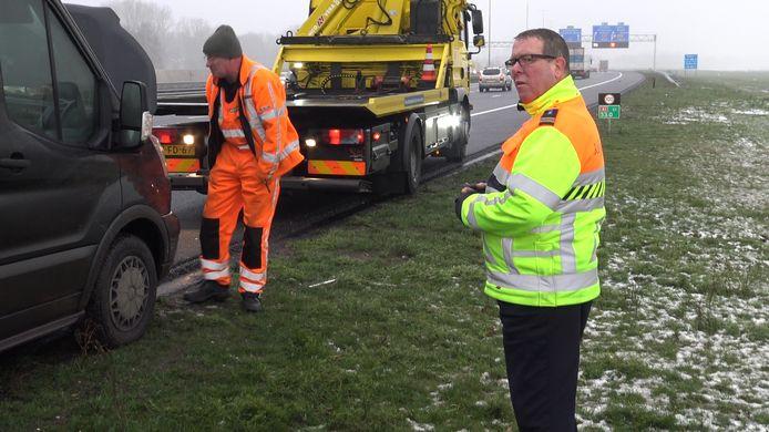 Weginspecteur Wim Grevenstuk van Rijkswaterstaat op archiefbeeld.