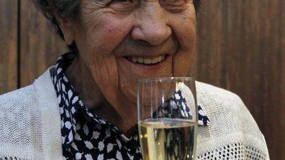 Paula klinkt op 100ste verjaardag