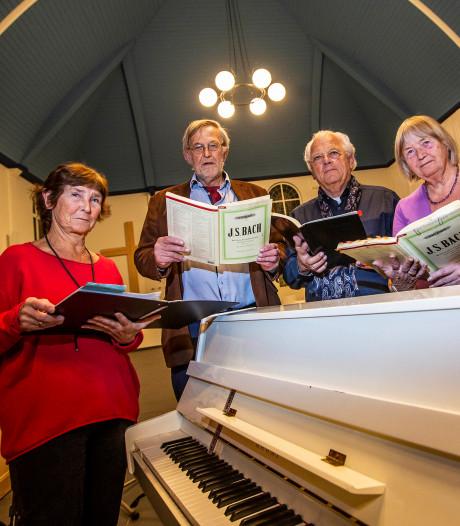 Meedoen 'per concert' is redding van leeglopende koren