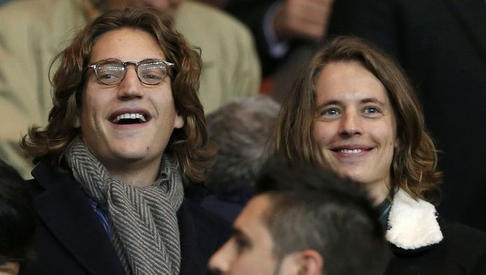 Jean Sarkozy, avec son frère Pierre au Parc des Princes.