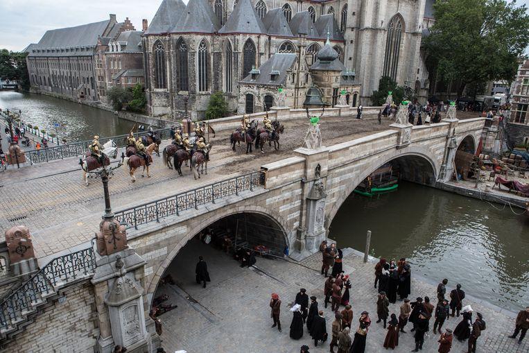 Actiebeelden op de Sint-Michielshelling tijdens de opnames voor Emperor.
