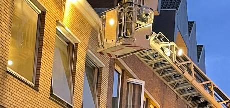 Brandweer Gorinchem rukt uit voor brand in de Gasthuisstraat, kortsluiting in leegstaand pand