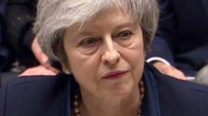 """""""Complete vernedering"""": Britse kranten focussen op historisch grote nederlaag van premier May"""