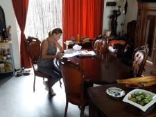 Oer-Hollandse Ingrid blijft doorknokken: 'Het is verspild belastinggeld'