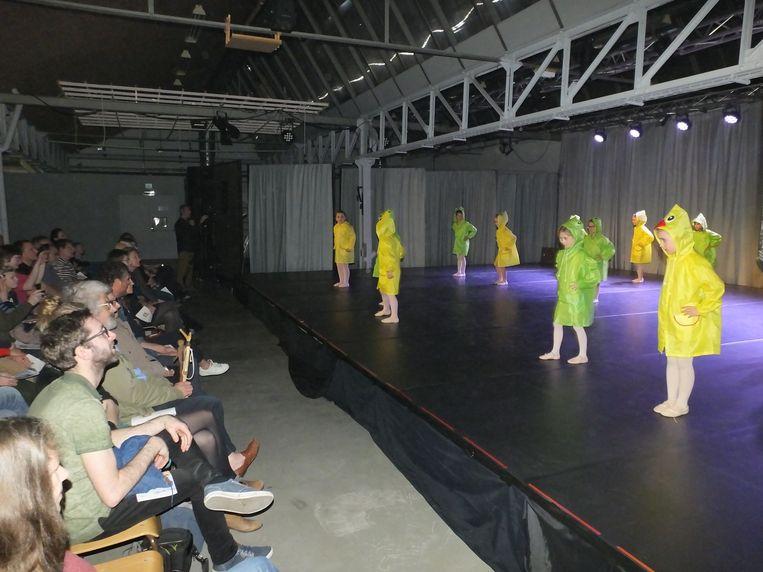 Ook de allerkleinsten mochten hun danstalent tonen in KADE Podiumkunsten.