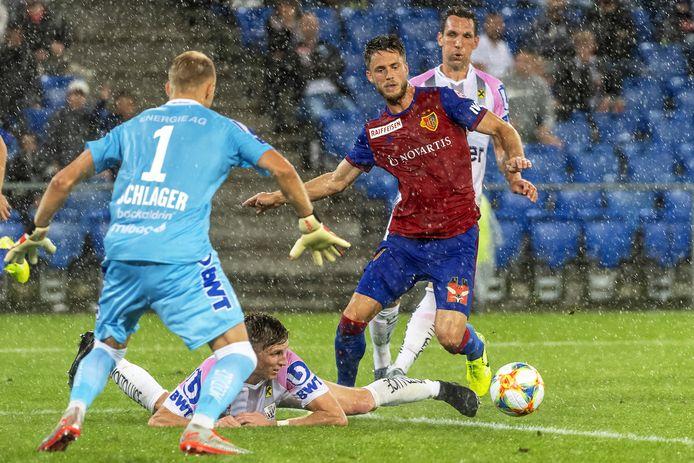 Ricky van Wolfswinkel in actie tegen LASK in de voorronde van de Champions League.