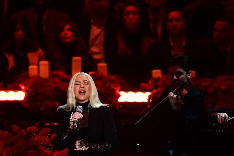 Christina Aguilera treedt op tijdens het evenement