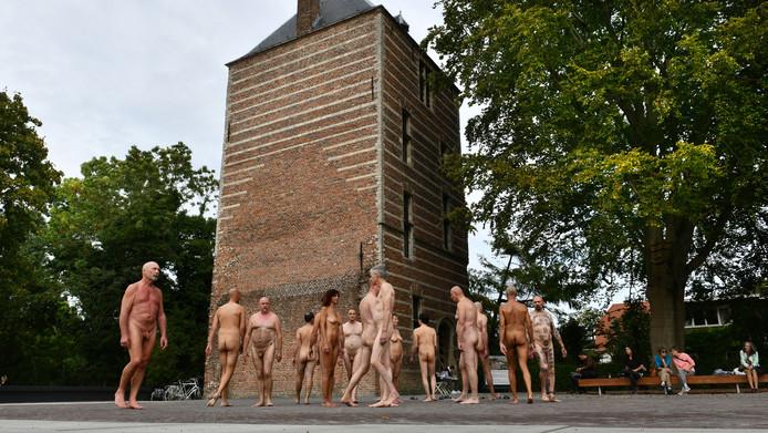 De choreografie bij de kasteeltoren in IJsselstein.