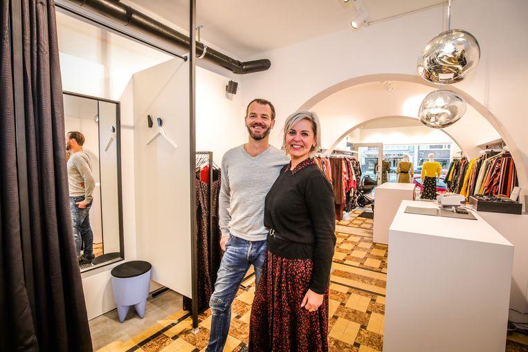 Oostende La fille is verhuisd en vernieuwd: Nathalie Renotte en partner Geert Vanbesien