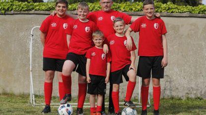 Vijf voetballende zonen? Dan loopt de rekening pas echt op