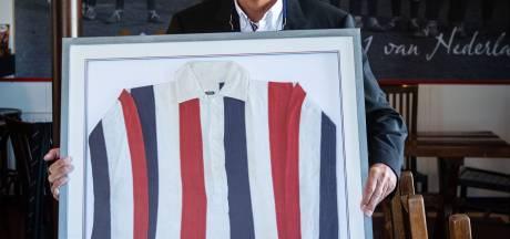 Het shirt waarin opa in het Nederlands elftal speelde