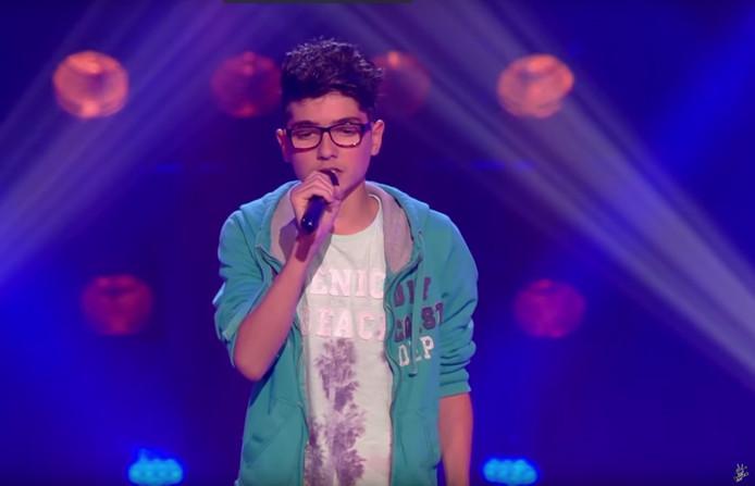 De 13-jarige Jean die de harten steelt van de jury tijdens optreden bij The Voice Kids.