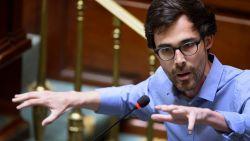 """""""Niet Nederlands is belangrijkste taal voor N-VA, maar taal van grote geld"""": Calvo haalt zwaar uit naar """"Vlaams Belang light"""""""