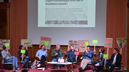 Leerlingen Ursulinen leggen politici vuur aan de schenen tijdens debat