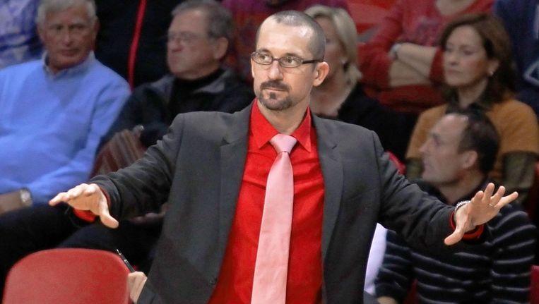 Jean-Marc Jaumin werd eind november 2011 aan de deur gezet bij Oostende.