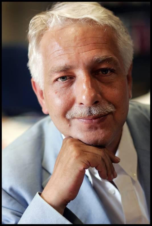 Prof. dr. Michiel de Vries is hoogleraar Bestuurskunde aan de Radboud Universiteit in Nijmegen.